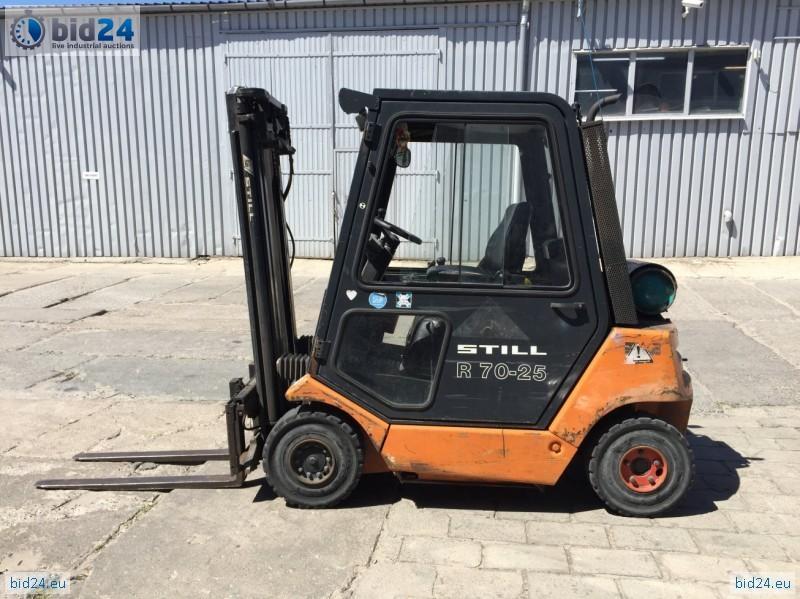 Rewelacyjny Bid24 - Używany wózek widłowy STILL R70-25 BJ47