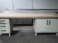 Metalowy stół z drewnianym blatem #1