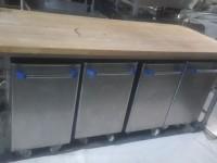 Stół blat drewniany + pojemniki na mąkę #1