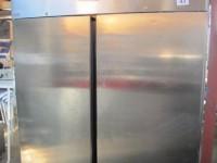 Używana szafa mroźnicza z podwójnymi drzwiami #1
