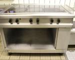 Używana kuchnia gastronomiczna elektryczna 5 stref grzewczych (125-2)