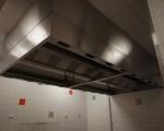 Okap gastronomiczny Halton z systemem przeciwpożarowym ANSUL (121-15)