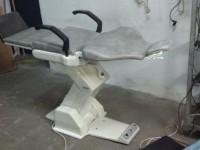 Używany fotel stomatologiczno-kosmetyczny Belas AB (124-3)