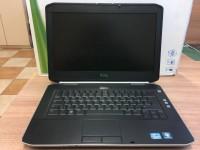 Laptop DELL z ładowarką (130-10)