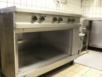 Używana kuchnia gastronomiczna elektryczna 5 stref grzewczych (125-2) #2