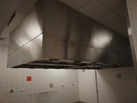 Okap gastronomiczny Halton z systemem przeciwpożarowym ANSUL (121-15) #1